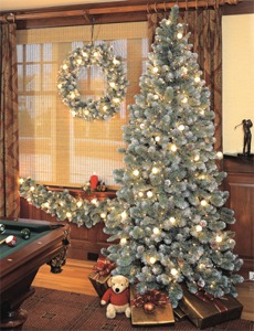 6.5' Glacier White Frost Pine Tree with clear lights